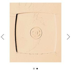 Chanel Natural Finish Presser Powder